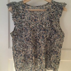 Abercrombie sleeveless floral ruffle top